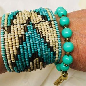 Jewelry - Set of 2 bracelets